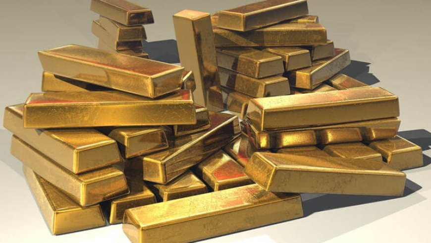 Gold Closes Above $1,300 an Ounce