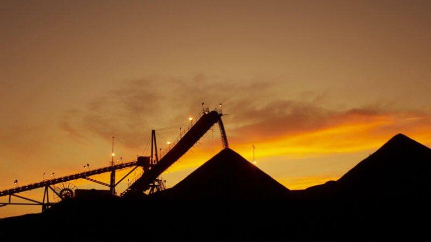 Australian mining stocks at 3-year high on iron, steel rally