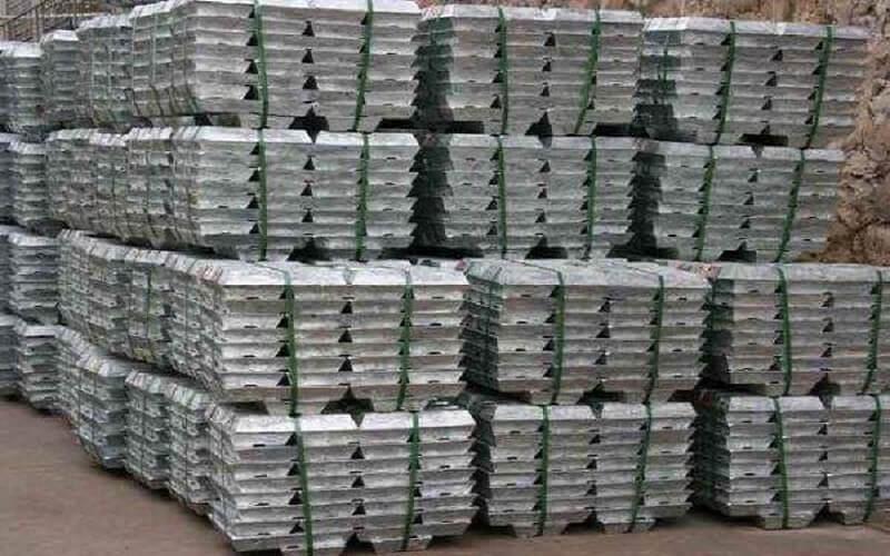 Zinc price hits fresh decade high