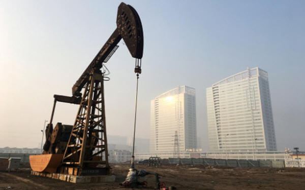 China's September crude imports mark highest in four months