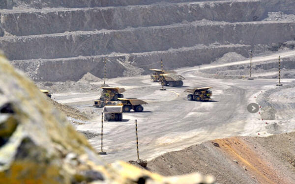 Chile's Collahuasi plans resource sharing with Canada's Teck Resources