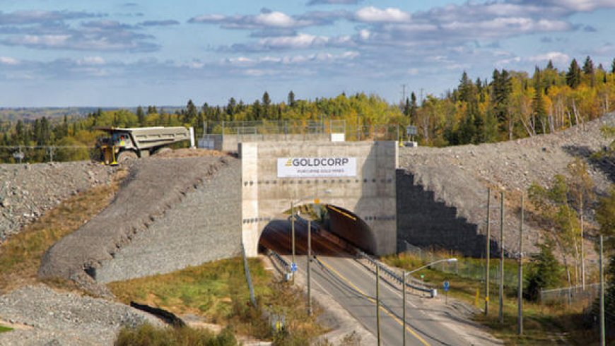 Newmont grabs Goldcorp in $10B deal that creates world's top gold miner