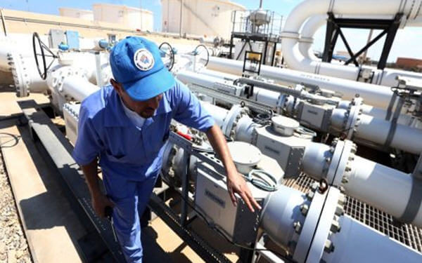 OPEC oil production sinks in December as Saudis cut output more than expected-欧佩克12月石油产量下滑,沙特减产规模超预期