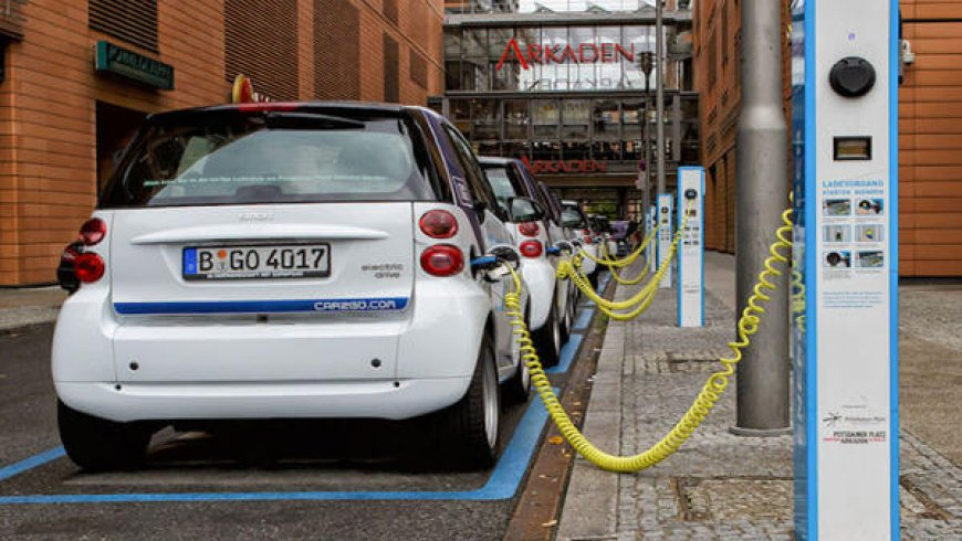 World's top maker of battery cells for EVs to open German plant in 2021