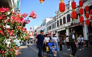 Holiday week spending over 1 trillion yuan-中国消费者春节黄金周花费超过1万亿元