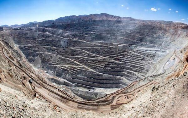 Codelco to kick off Chuquicamata underground by mid-year-智利国家铜业公司的Chuquicamata矿年中将启动地下作业