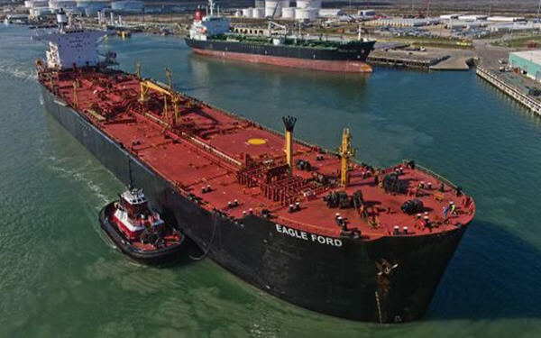 US crude oil exports hit a record last week at 3.6 million barrels a day-美国上周原油出口创纪录新高