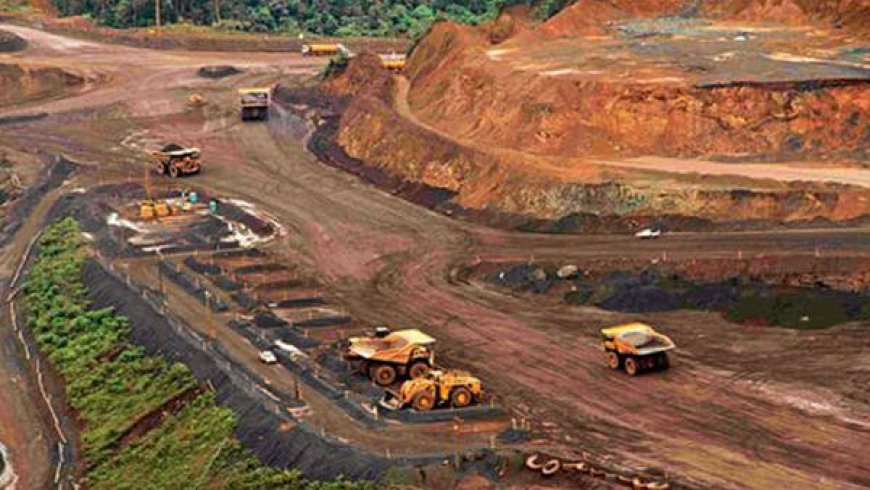 China's iron ore futures extend pullback amid supply speculation