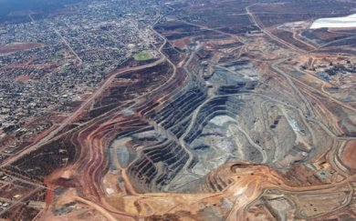 Barrick-Newmont merger would leave up to $7B of assets up for grabs