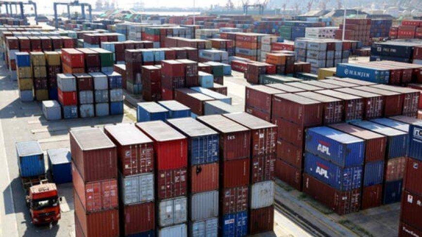 China January Trade Surplus With U.S. Narrows to $27.3 Billion