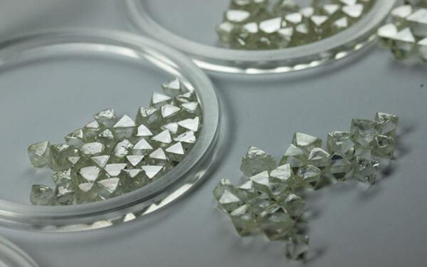 Alrosa's February diamond sales up 23% over January-全球最大的钻石生产商二月份钻石销售额劲升23%