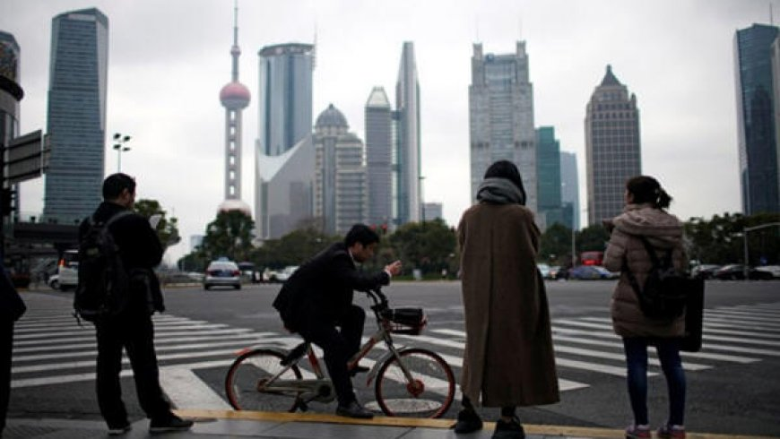 China Business Activity Recovering Thanks to 'Credit-Soaked' Quarter: Beige Book