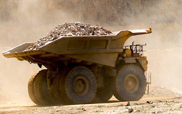 De Beers, Botswana to expand world's richest diamond mine-戴比尔斯和博茨瓦纳政府将对全球价值最高的钻石矿进行扩建