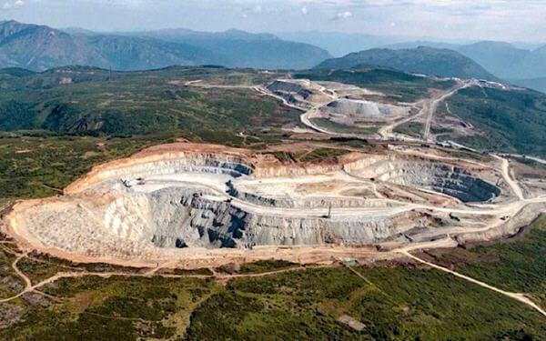 Newcrest grabs majority stake in Canadian copper-gold mine- Newcrest将以8亿美元收购加拿大一铜金矿多数股权