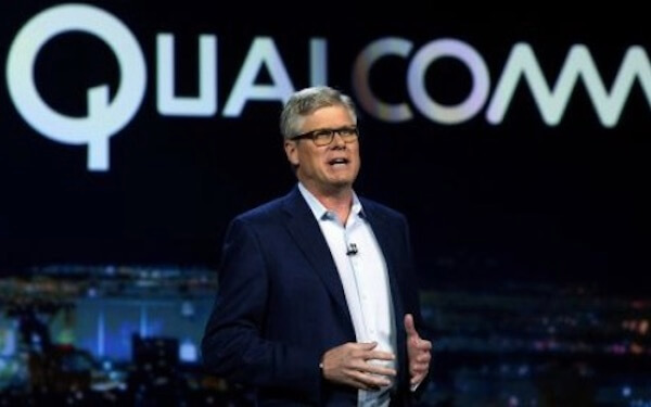 US judge rules Qualcomm owes Apple nearly $1 billion rebate payment