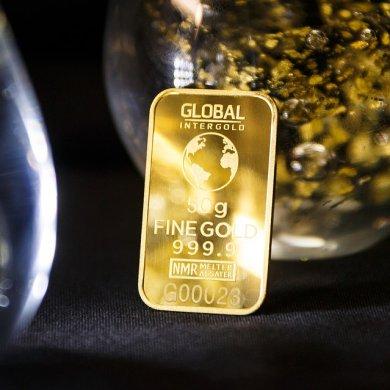 週一說市場: 美聯儲鴿超預期,美元跌,幾隻值得關注的黃金股!