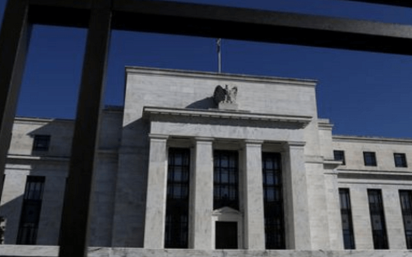 Trump taps a strident Powell critic for spot on Fed board,特朗普提名经济评论员史蒂芬•摩尔担任美联储理事