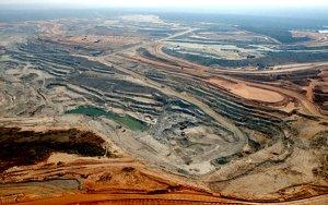 巴里克黄金计划在下半年出售赞比亚的铜矿,欲寻找中国买家