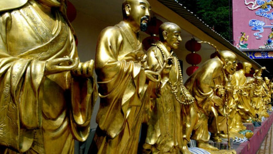 Gold — China premiums rise as trade woes boost buying; India demand tapers
