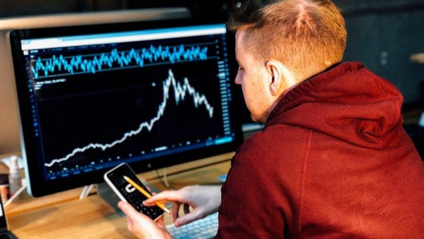 曾经的明星股加拿大鹅股价一天暴跌30%,中国不背锅