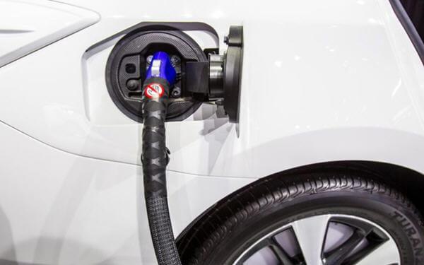 中国 新能源汽车