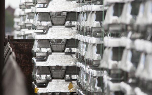 全球已开采的锌产量