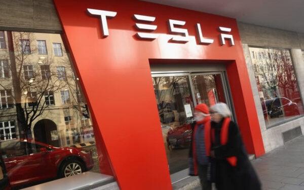 特斯拉 中國 電動車提價 貿易戰 汽車關稅