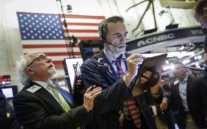 收益率曲线倒挂 美股 经济衰退 标普500指数