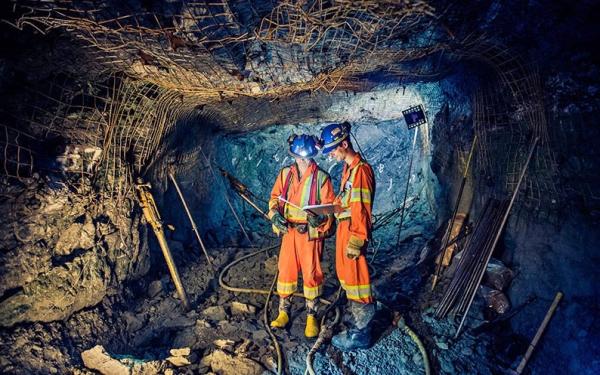 加拿大黄金矿商股