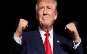 特朗普称希望美国经济秩序在复活节前重新恢复