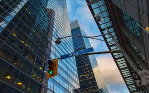 多伦多股市创纪录新高
