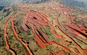中国将批准开发几内亚西芒杜铁矿