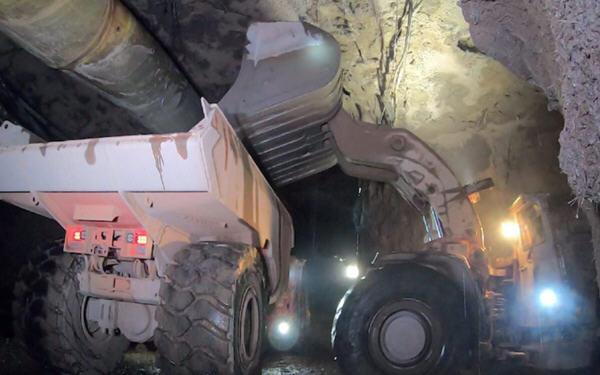 艾芬豪刚果的Kakula矿提前推进