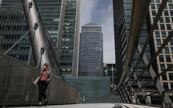 三分之一的英国公司能够完全恢复运营