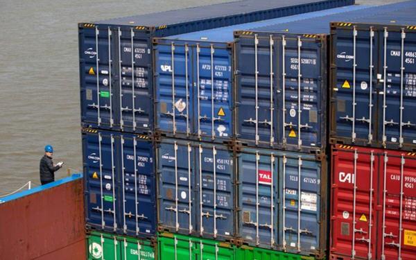 中国4月份出口意外上升