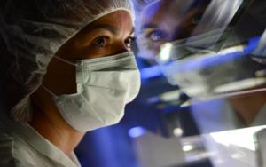 医疗保健精选——默克实施新冠病毒相关的三项举措;瑞德西韦提振收益,吉利德股价上涨