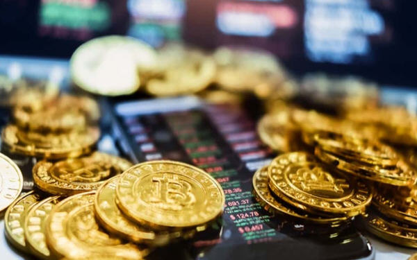 比特币与黄金:下半年谁更值得投资?