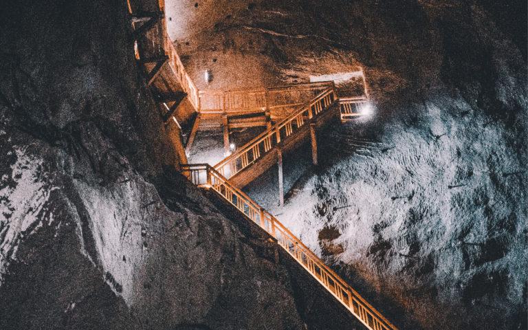 礦業公司的生命周期