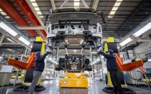 中国工信部:放宽投资限制,加强中国汽车工业发展