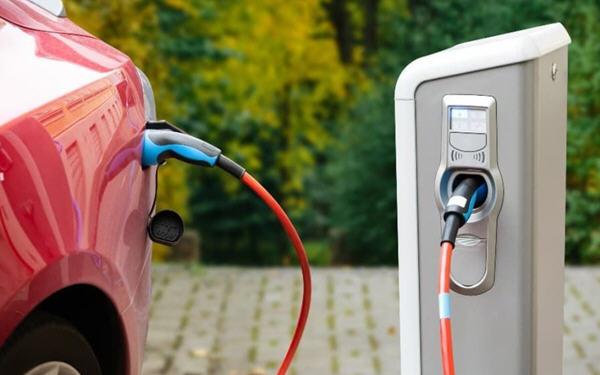投资电动汽车,这只价值股票3月份可能有大行情!