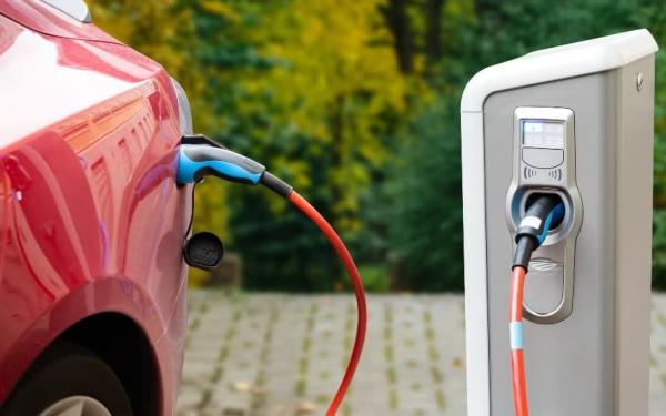 特斯拉vs蔚来,谁是更好的电动汽车股票?