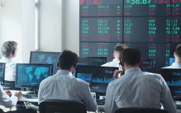 收入增长超过100%,盘点2021年7月的金融股