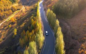 电动汽车能在行驶过程中充电?无线充电道路即将来临